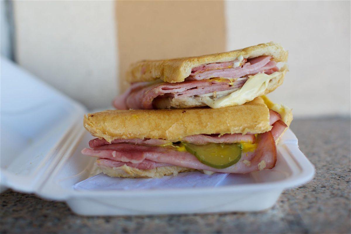 Enriquetas Sandwich Shop 009